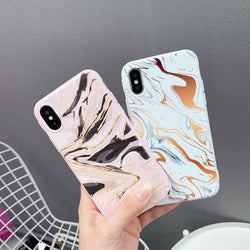 Flowing Abstract Case