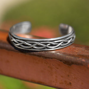 Load image into Gallery viewer, Oxidized Braided Men's Cuff Bracelet