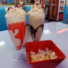RETRO ROCK N ROLL DINER MILKSHAKES
