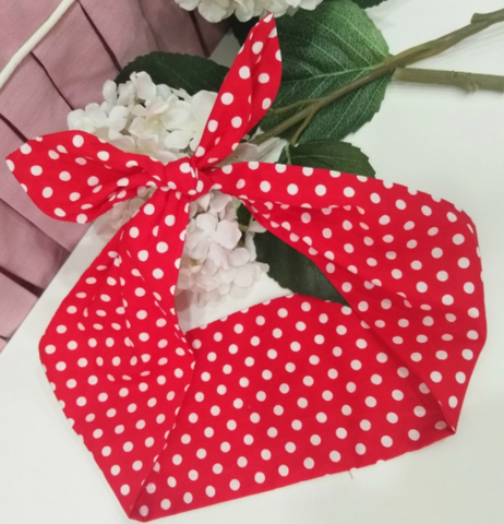 RED AND WHITE POLKA DOT ROCKABILLY HAIR TIE