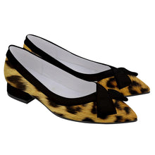 Load image into Gallery viewer, STREETWALKIN CHEETAHS Women's Pointed Toe Low Bow Heels