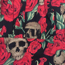 Load image into Gallery viewer, SKULLS AND ROSES PEASANT STYLE TOP