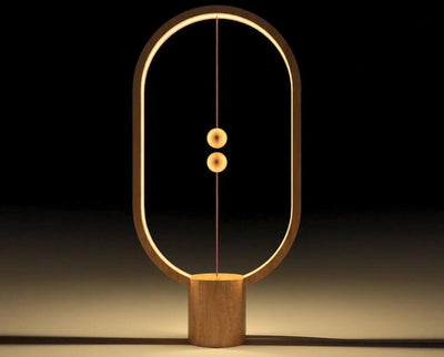 Heng Balance Lamp - Light wood