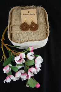 BROWN DAINTY EARRINGS