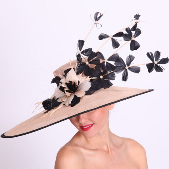 Ladies Kentucky derby hats in Louisville Kentucky. Custom hat maker Hat Haven. Millinery hat shop Louisville.