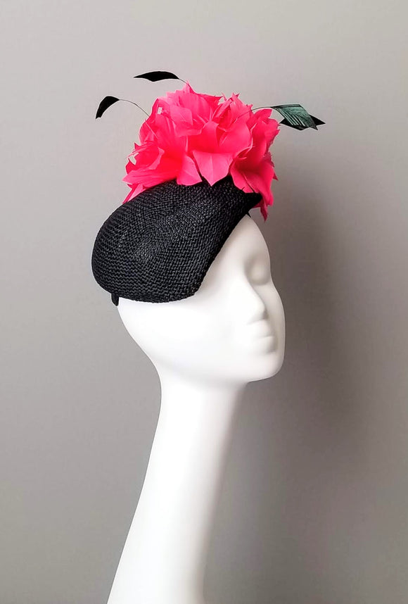 Pink and black fascinator for Kentucky derby. Millinery hat shop Louisville. Custom hat maker Hat Haven.