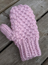 Wild Raspberry Mittens - Super Bulky Knitting Pattern