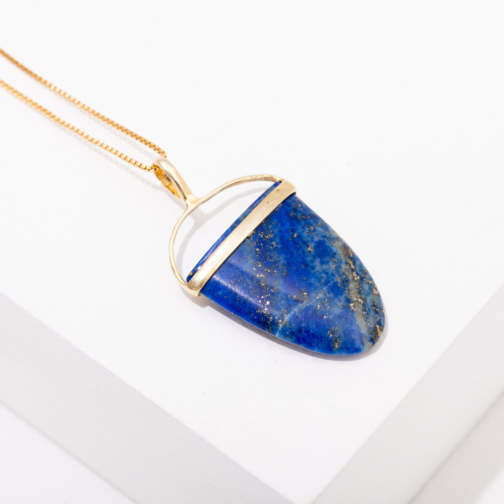 Polished Gemstone Pendant Necklace