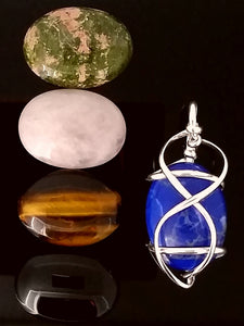 G07Z02 pendant with interchangeable stones