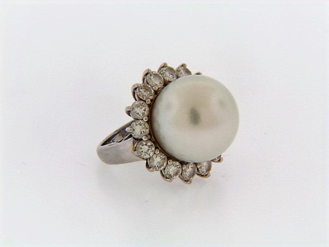 PLATINUM CULTURED PEARL AND DIAMOND RING | 18 Karat Appraisers | Beverly Hills, CA | Fine Jewelry
