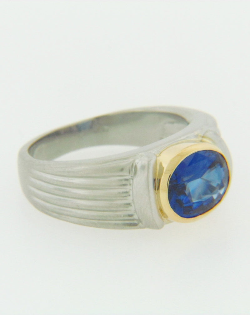 PLATINUM AND 18K-YG SAPPHIRE RING