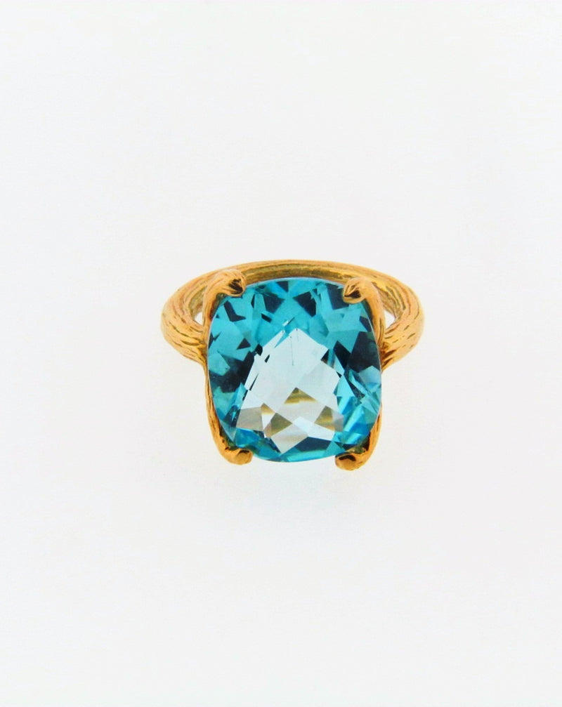 22K Yellow Gold Blue Topaz Ring