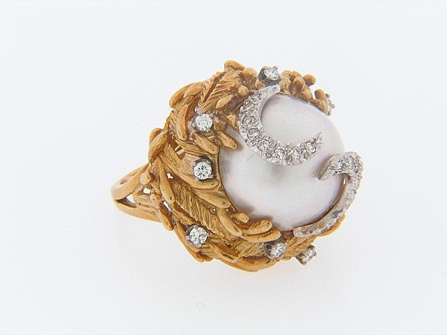 18K-YG+WG MABE PEARL AND DIAMOND RING
