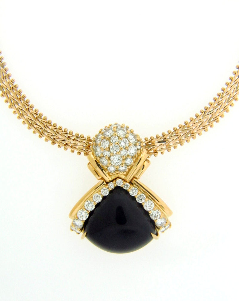 18K Yellow Gold Diamond and black Onyx Pendant | 18 Karat Appraisers | Beverly Hills, CA | Fine Jewelry
