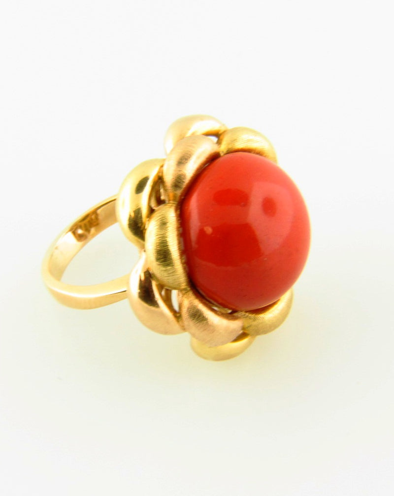 18K Yellow Gold, Red Coral Ring | 18 Karat Appraisers | Beverly Hills, CA | Fine Jewelry