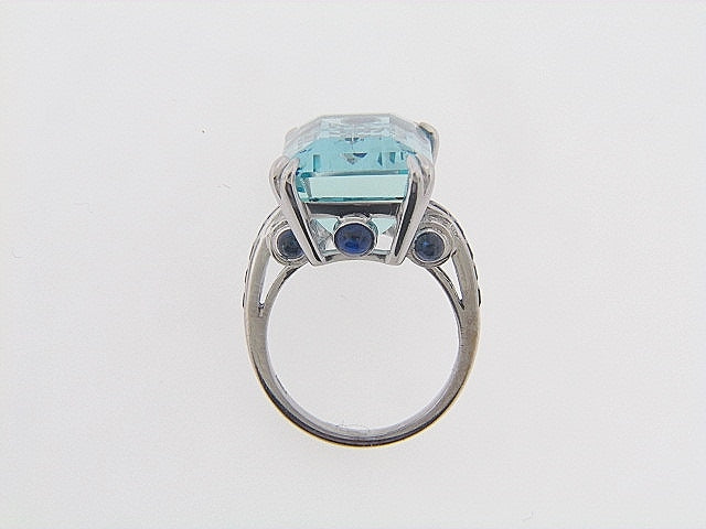 "18K-WG AQUAMARINE RING BY ""ELI FREI"""
