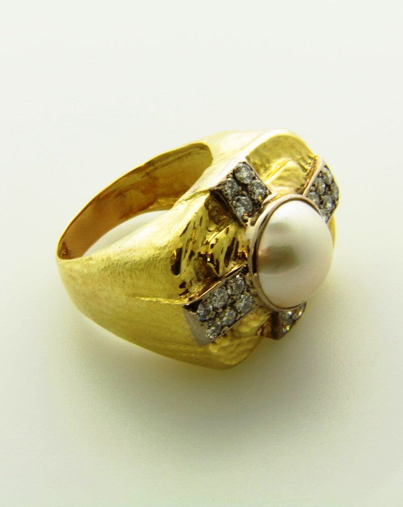 14K Yellow gold, Mabe Pearl and Diamond Ring | 18 Karat Appraisers | Beverly Hills, CA | Fine Jewelry