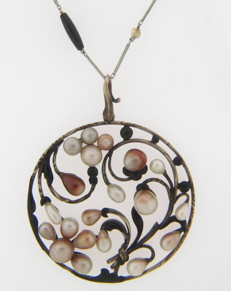 10K-WG ANTIQUE PEARL  AND ONYX PENDANT | 18 Karat Appraisers | Beverly Hills, CA | Fine Jewelry