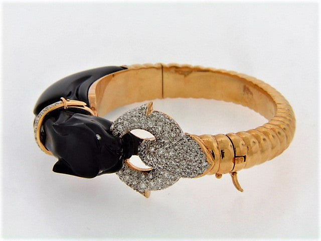 18K-YG CARVED BLACK ONYX AND DIAMOND PANTHER BRACELET