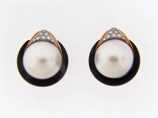 18K-YG MABE PEARL, DIAMOND AND ONYX EARCLIPS