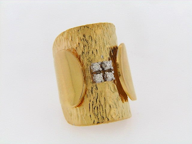 18K-YG HAMMERED GOLD DIAMOND RING