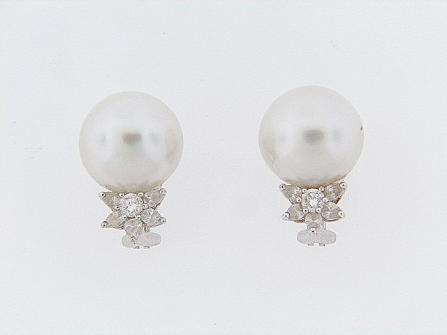 PLATINUM PEARL AND DIAMOND EARCLIPS | 18 Karat Appraisers | Beverly Hills, CA | Fine Jewelry