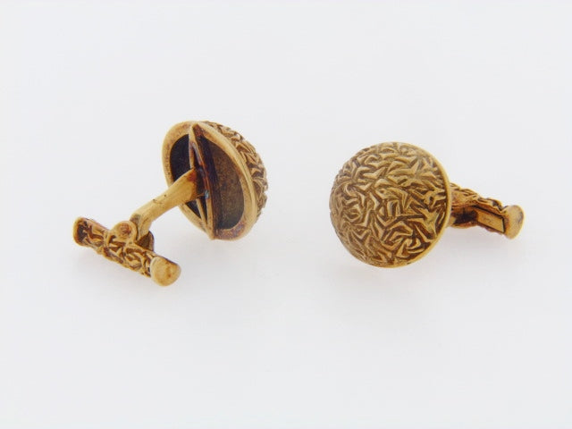 18K-YG TEXTURED DOME CUFFLINKS