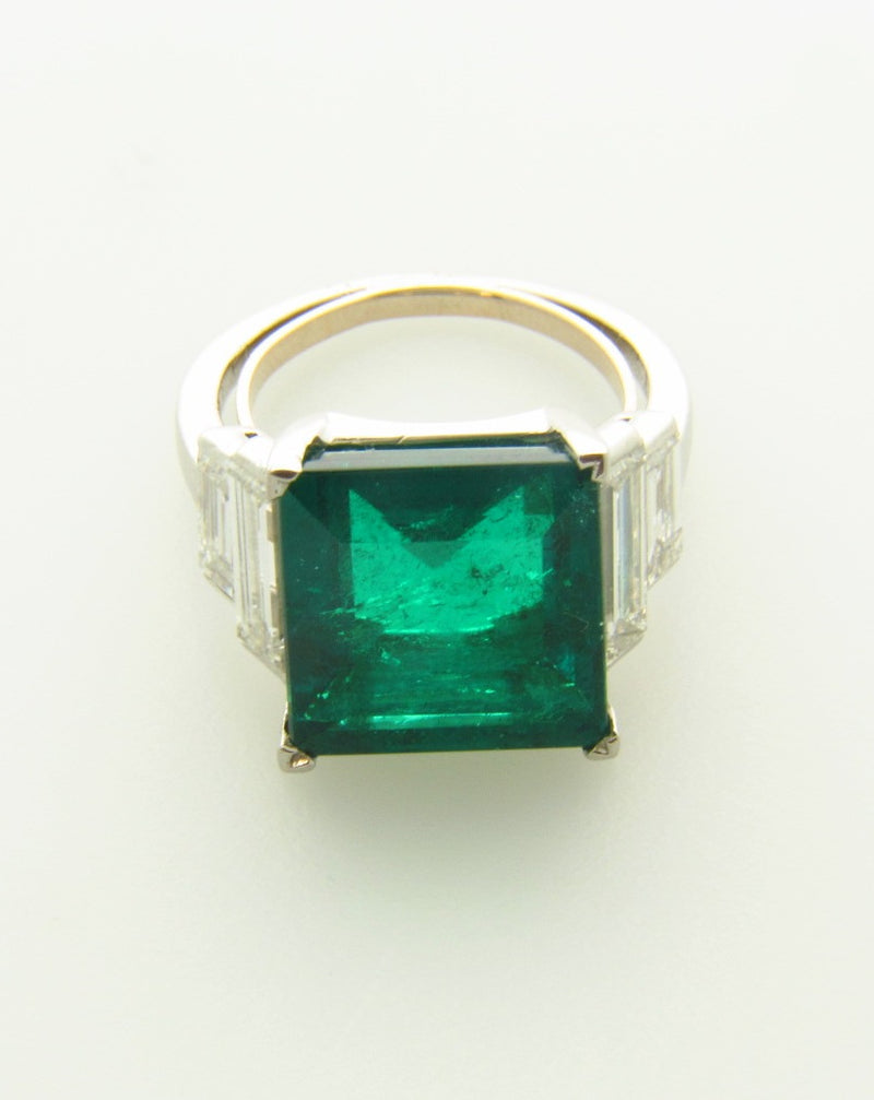 Platinum, Emerald and Diamond Ring | 18 Karat Appraisers | Beverly Hills, CA | Fine Jewelry