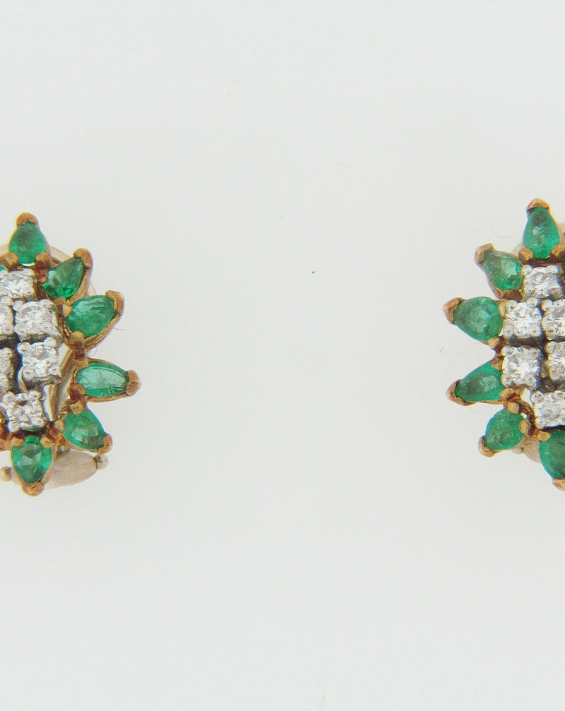 18K-YG EMERALD AND DIAMOND EARRINGS