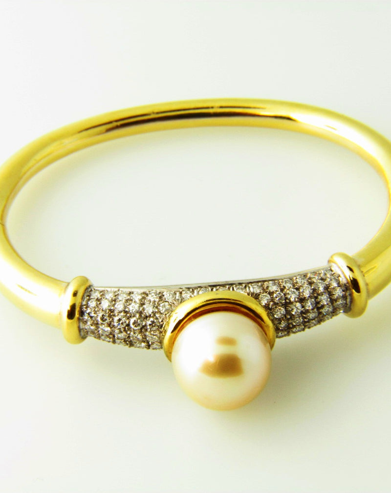 18K Yellow Gold, Diamond and Pearl Bangle Bracelet | 18 Karat Appraisers | Beverly Hills, CA | Fine Jewelry