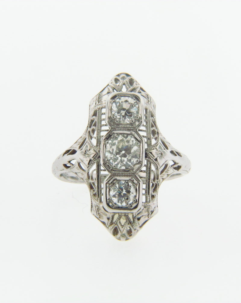 Art Deco, 18K White Gold Diamond Ring