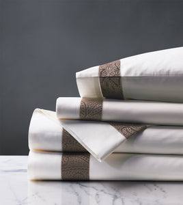 Cornice White/Truffle Luxury Fine Linen Sheet Set