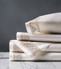 Juliet Ivory/Ivory Luxury Fine Linen Sheet Set