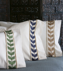 "Ivory Rustic Cabin Mid Century Botanical Cotton Standard Sham with Navy Ribbon 20""x27"""