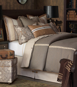 Aiden Rustic Pattern Standard Sham in Neutral