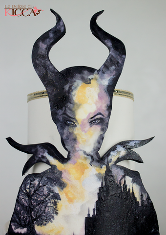 Learn to hand-paint a Sleeping Beauty inspired Maleficent cake at The Ultimate Sugar Show in Atlanta, GA  on Nov 10, 2019 from 5 PM - 9 PM.