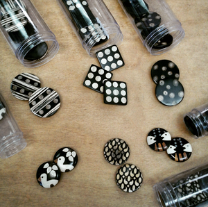 New Beautiful Inlaid Buttons