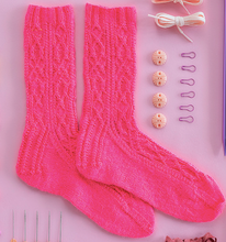 Kelbourne Year of Gifts: Sweet Pea Socks (April)