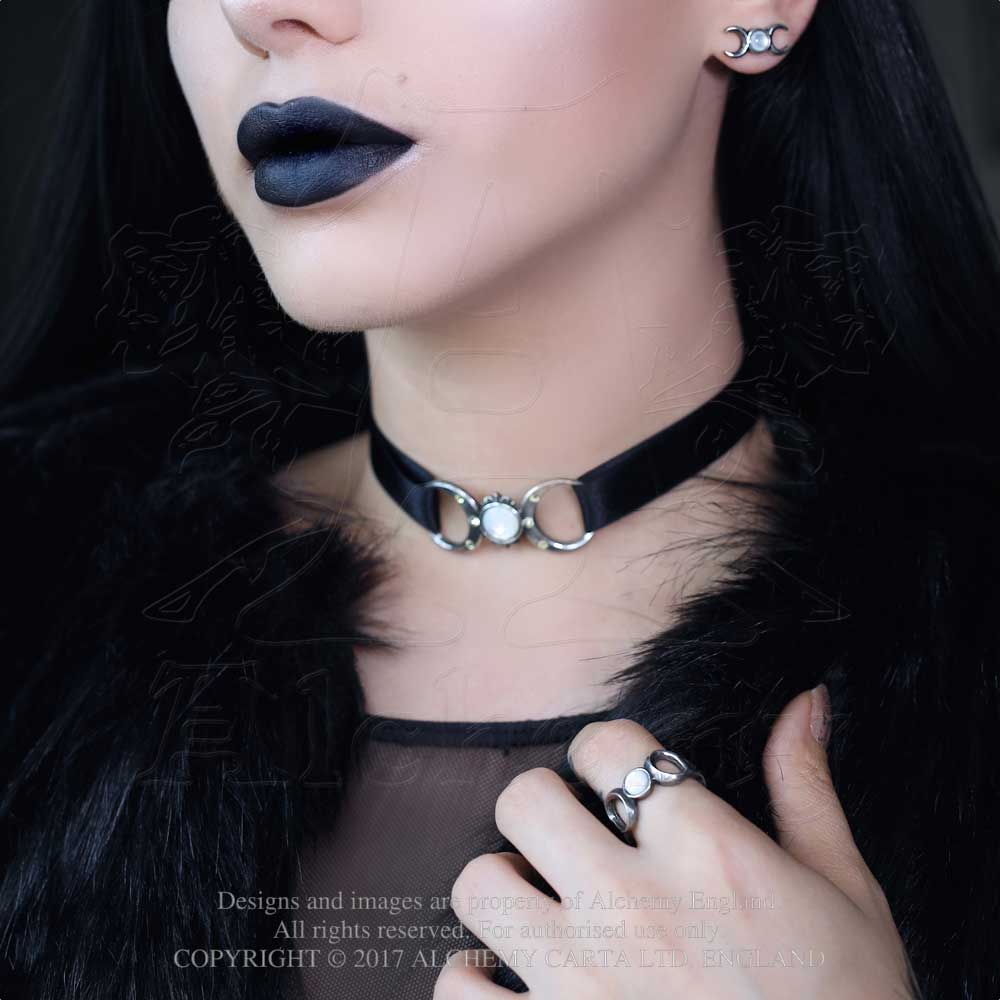 Alchemy Gothic Triple Goddess Ring - Gothic Spirit