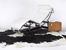 "60"" x 84"" Black And White Cowhide - Area Rug"