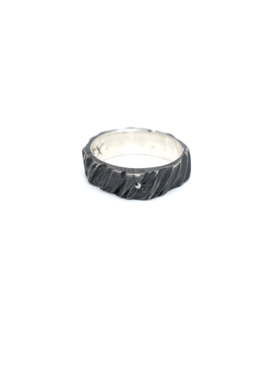 Gaspard Hex Bark Ring - Oxidized Silver Diamond