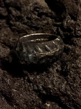 Tundra Odd Ring - Black - 6