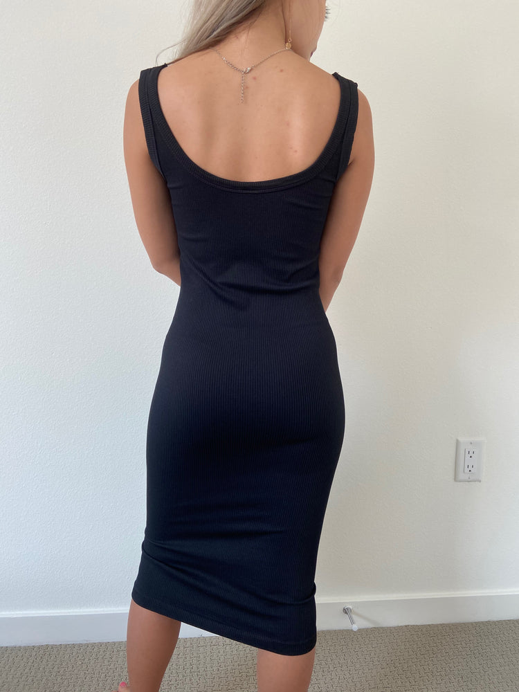 Quinn sleeveless ribbed solid Midi Dress