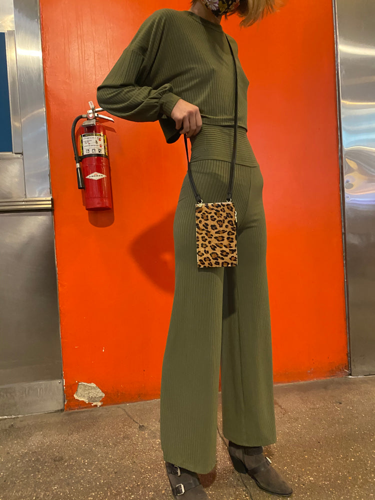 Don't Stress It wide leg Pants (Olive & Black)