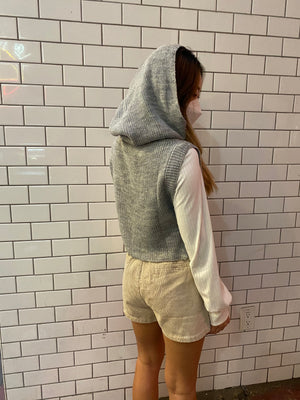 The Chic Cover knit sleeveless hoodie Top - only 1 left!