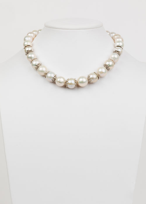 Akita Pearl and Silver Necklace