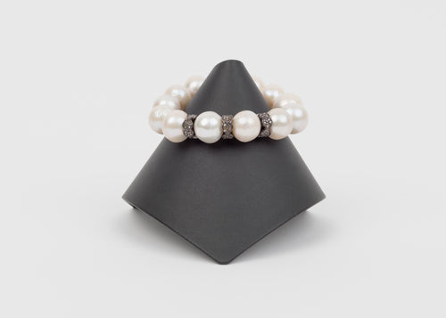 Pave diamond, freshwater pearl