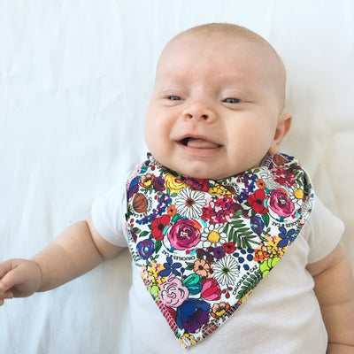 Super Floral Print Pocket Tee & matching Dribble Bib - Gift Set - Chuckles & Caz