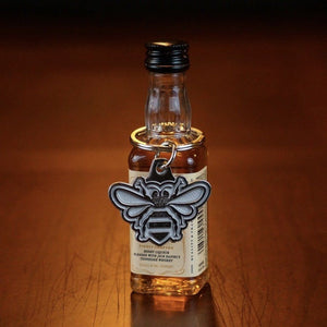 Jack Daniel's Tennessee Honey Bee Keychain - The Whiskey Cave