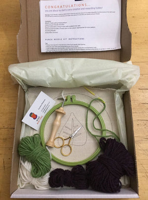 Green Leaf Mug Rug - Oxford Punch Needle Kit
